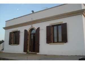 Installazione di infissi in PVC in abitazioni privateinfissi Lecce e provincia Rehau de I Nobili serie Cavaliere o Visconte Hp
