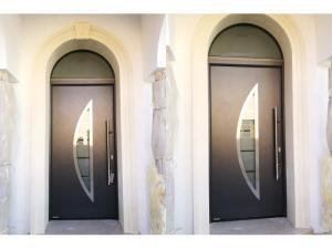 Installazioni in Lecce e provincia di portoni d'ingresso in acciaio coibentato a marchio Hörmann taglio termico e certificazione a norma CE