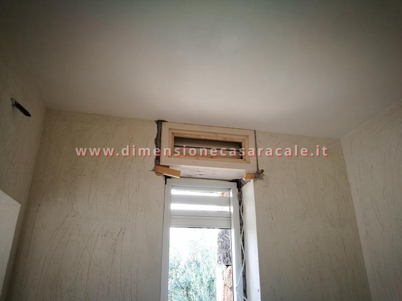 Cassonetti in legno complanari al muro termoisolanti 9
