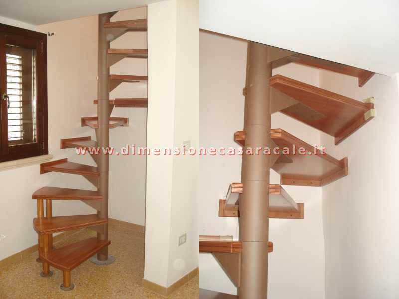 Realizzazione e installazione di scale in legno in abitazioni private 11