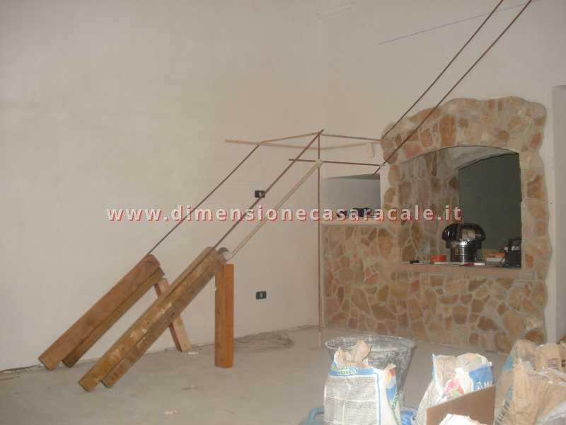 Realizzazione e installazione di scale in legno in abitazioni private 8