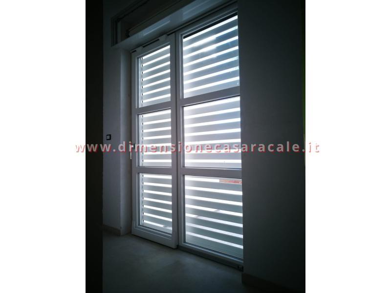 Installazioni in Lecce e provincia di tapparelle in alluminio newSolar schermature solari per interni 10