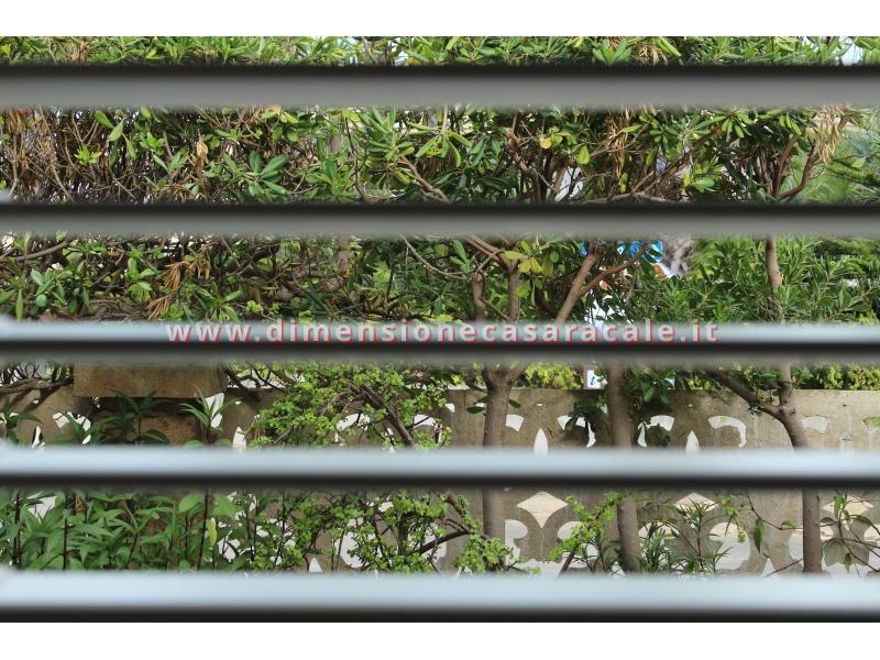 Persiane in alluminio con profilo Rehau I NOBILI linea Reginetta 12