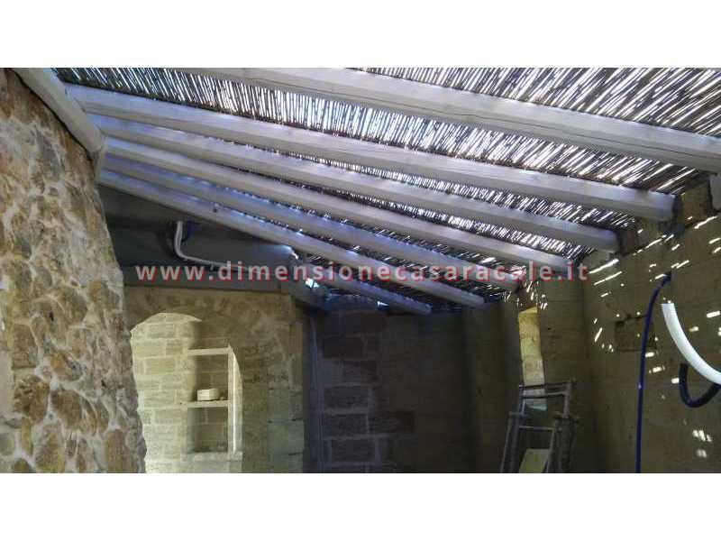 Realizzazione di gazebo e coperture in legno 2