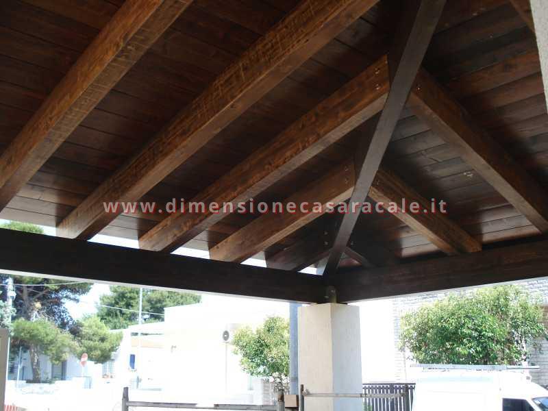 Realizzazione di gazebo e coperture in legno 4